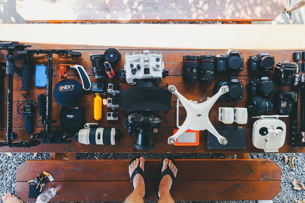 feature image 3 Vital Tips to Improve your Event Photography Game Always Carry Extra Accessories with You - 3 Vital Tips to Improve your Event Photography Game